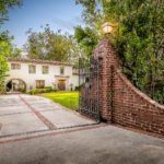 12730 W SUNSET, LOS ANGELES, 90049<br> List Price: $6,995,000<br>Sold<br> 5 BD, 5 BA Brentwood Park Estate<br>Represented Buyer